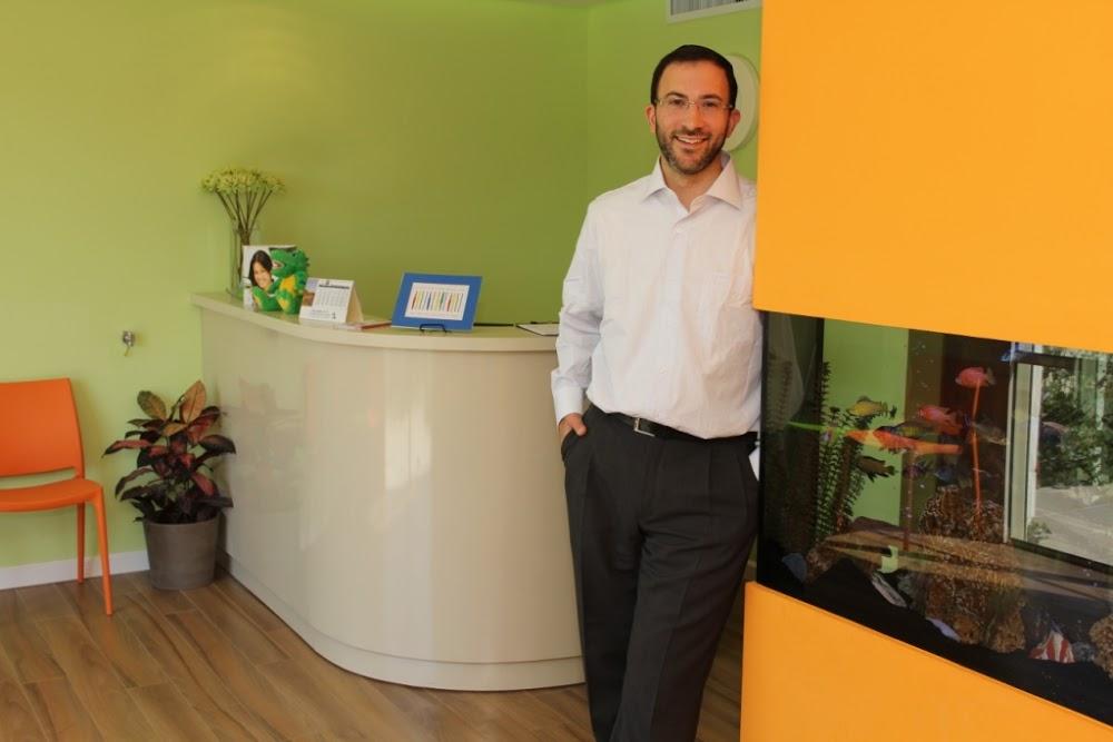 Dentist Dr. Daniel Eli Feiner